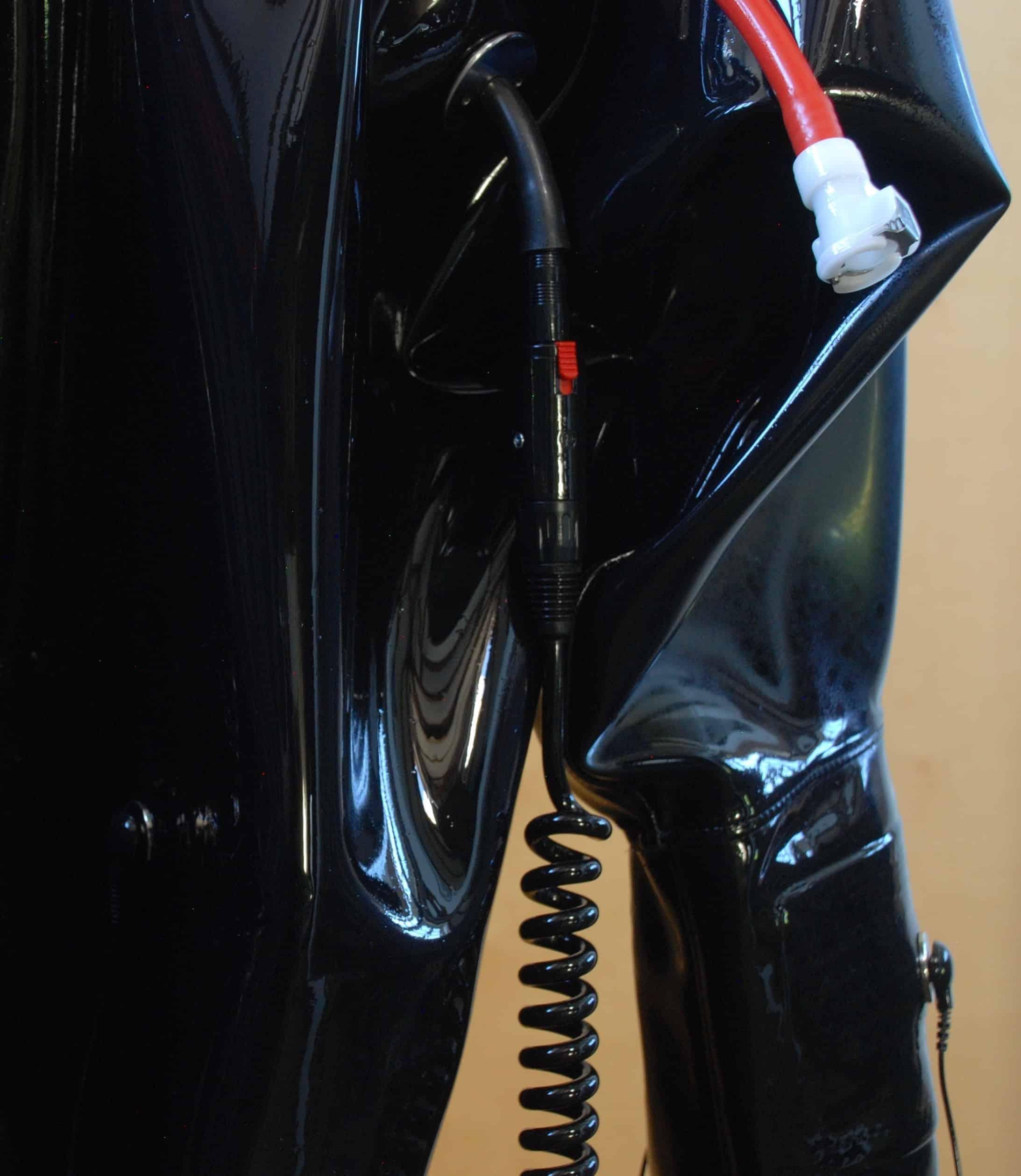 3.5 suit2
